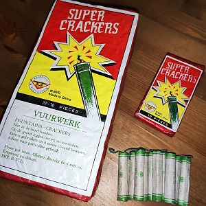 Super Crackers (Fountain Crackers)
